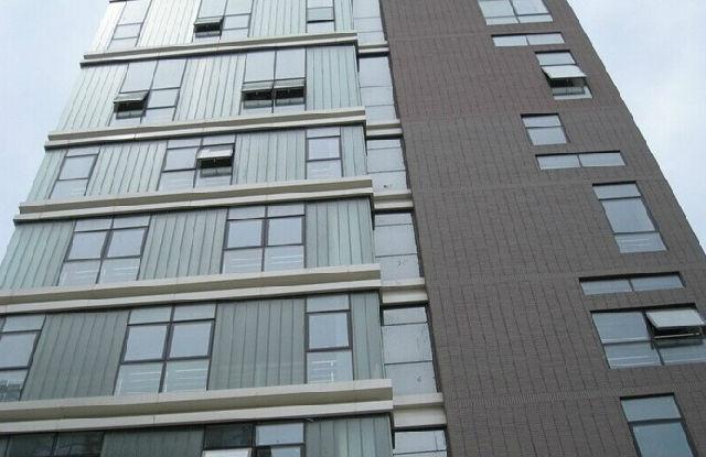窗幕墙建筑技术   因截面呈u形