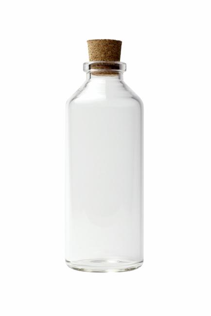 """ps合成玻璃瓶中的海底鲨鱼素材图"""